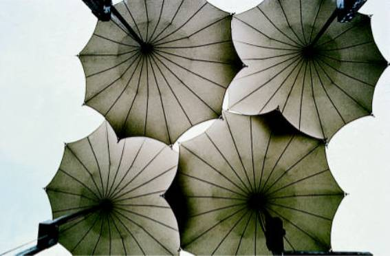 Stage umbrellas for a concert tour of the group Pink Floyd, 1978 (together with B. Rasch and Office Happold)